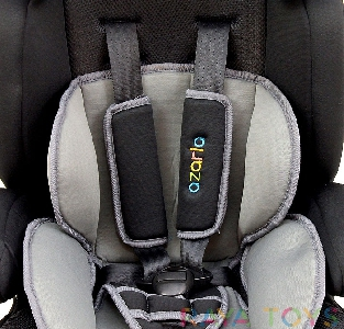 Черно детско столче за кола от 9 до 36 кг.  \