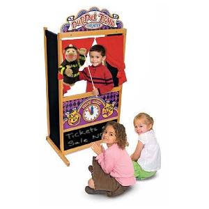 Детски дървен куклен театър