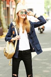 Γυναικών το φθινόπωρο και το χειμώνα σακάκι - ένα μοντέλο διάφορα μεγέθη