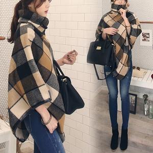 Дамска зимна блуза с яка тип шал - добър дизайн