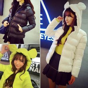 Дамско яке с качулка в три различни цвята - жълт, черен, бял