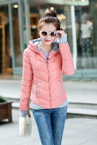 Дамско зимно яке с качулка в различни топ цветове - червен, черен, син, розов, зелен