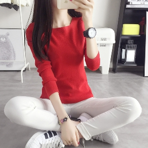 Модерен дамски пуловер в 6 цвята