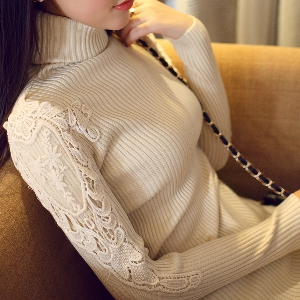 Стилен дамски пуловер с висока яка и без яка в различни цветове