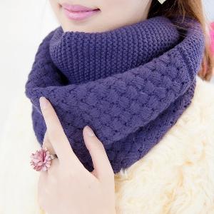 Дамски шал яка