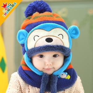 Комплект за малки деца от шапка и шал, и различни модели шапки с ушички