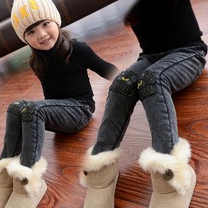 Дънки за момичета - един модел, различни размери