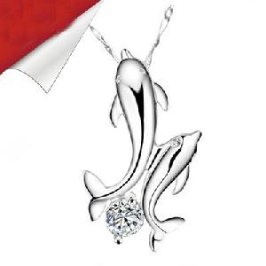 Дамски елегантни сребърни огърлици