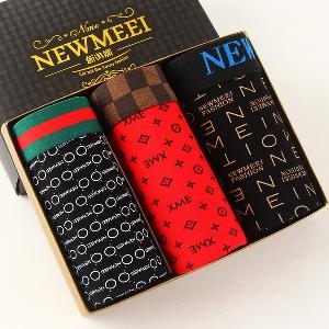 Различни комплекти мъжки боксерки - 3 и 4 броя - червени, жълти, оранжеви, сиви, черни, кафяви и вариант чорапи и боксерки