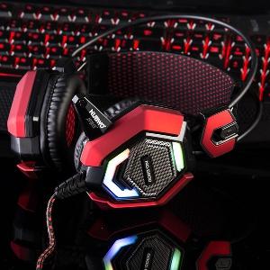 Светещи и стандартни геймърски слушалки - различни цветове и модели