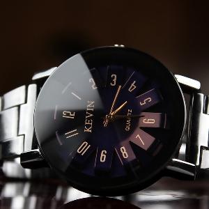 KEVIN Дамски кварцов часовник в 3 цвята , стоманена каишка