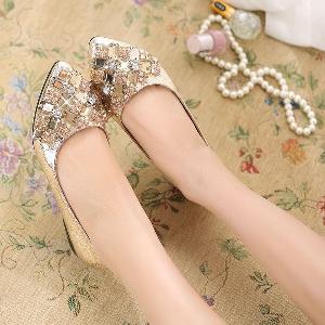Дамски ниски обувки с блестящи големи камъни