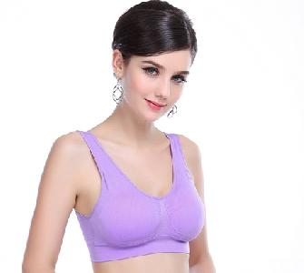 Спортно дамско бюстие в много различни цветове и модели
