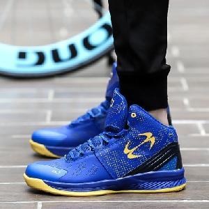 Баскетболни обувки в шест цвята