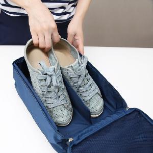 Удобна спортна чанта подходяща за обувки, маратонки, чехли - спортни аксесоари