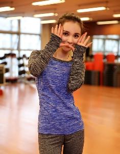 Дамски спортен екип: клин и блуза