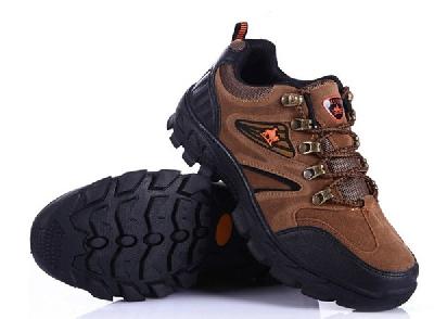 Дебели и тънки мъжки туристически обувки - 6 модела