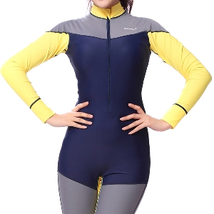 Дамски неопренов костюм за гмуркане , плуване или сърф - слънцезащитен