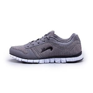 Спортни обувки за тичане или друг вид спорт - олекотени с дишаща материя