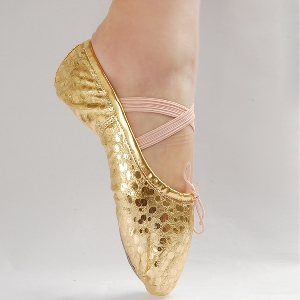 Балетни обувки за деца и жени