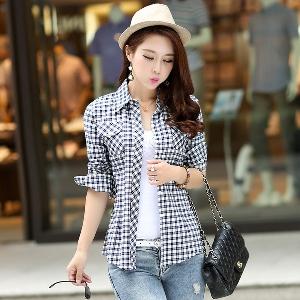 Пролетна карирана риза в различни цветове и различни карета