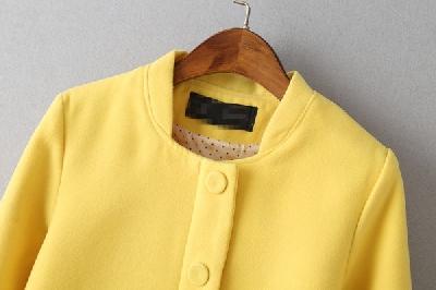 Γυναικείο καθημερινό μπουφάν σε δύο χρώματα με μαλακό ύφασμα
