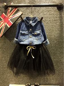 Пролетен комплект за момичета дънкова риза и пола