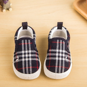 Карирани обувки за момчета и момичета - ежедневни