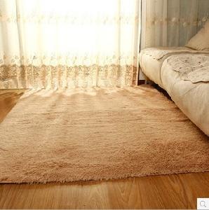 Shaggy килим за всекидневната