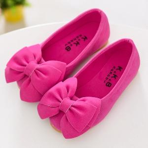 Пролетни обувки за малки принцеси