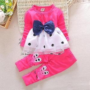 Детски пролетни  комплекти  в четири цвята.
