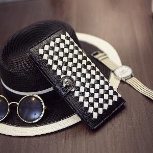 Дамски портфейли в бял,черен,розов,жълт,син,кафяв и сив цвят