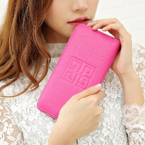 Γυναικείο πορτοφόλι σε ασημί, μαύρο, ροζ, κόκκινο, φούξια, μπλε και κίτρινο