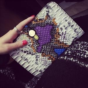 Γυναικείο πορτοφόλι σε διάφορα χρώματα - 5 μοντέλα