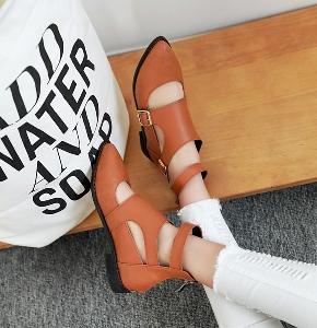 Дамски заострени отворени обувки - черен, червен и кафяв цвят