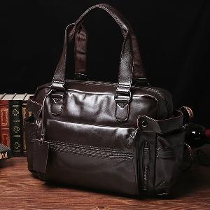 Малки пътни чанти за ръчен багаж произведени от изкуствена кожа