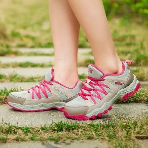b418ac10458 Дамски обувки за планински туризъм - подходящи за планина, бягане и спорт -  3 модела
