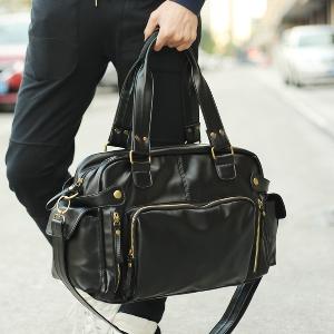 Дамски и мъжки черни и кафяви пътни чанти от изкуствена кожа - 2 модела