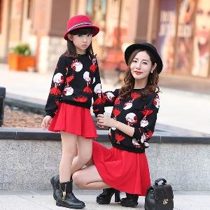 Комплекти за майки и дъщери -два модела.