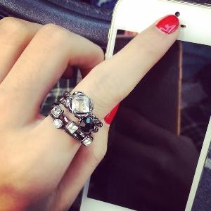 Дамски пръстени в много различни цветове - 15 модела