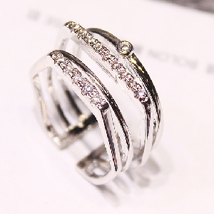 Дамски пръстени в 3 модела - златист и сребрист цвят