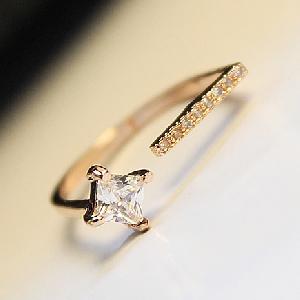 Дамски пръстени в два цвята-18мм.