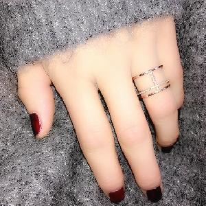Дамски пръстени в златист и сребрист цвят - 2 различни модела
