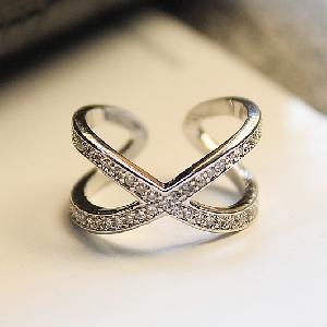 Дамски пръстен в златист и сребрист цвят-2 модела