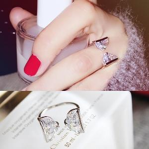 Дамски кристални пръстени в златист и сребрист цвят-2 модела