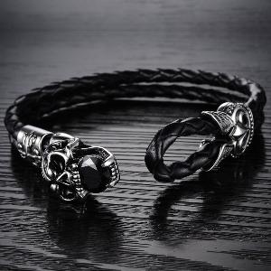 Мъжка гривна в черен цвят и в 2 размера - череп