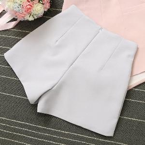 Дамски къси панталони: 4 цвята