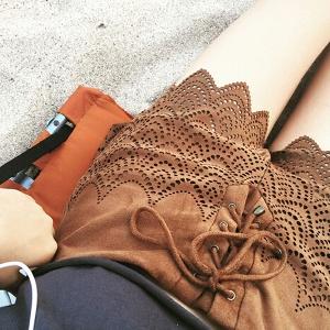 Дамски къси панталони с дантела и връзки