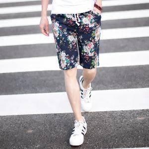 Летни къси панталони - цветни и мъжки - изработени от памук