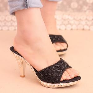 Дамски чехли златист сребрист и черен цвят